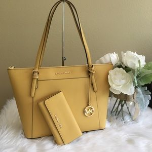 New Michael Kors Large Ciara tote bag & wallet